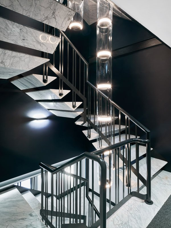 arredoluce-progettazione-illuminotecnica-realizzazioni-hotel-sirmione-gallery-vertical-9